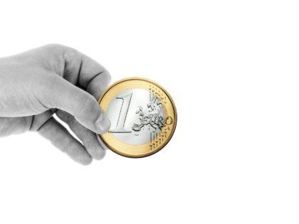 Donazioni 3.0: gli italiani preferiscono crowdfunding e mobile